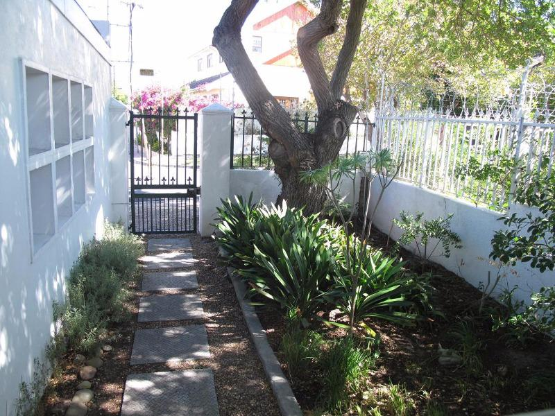 Property For Sale in Rondebosch Park Estate, Cape Town 3
