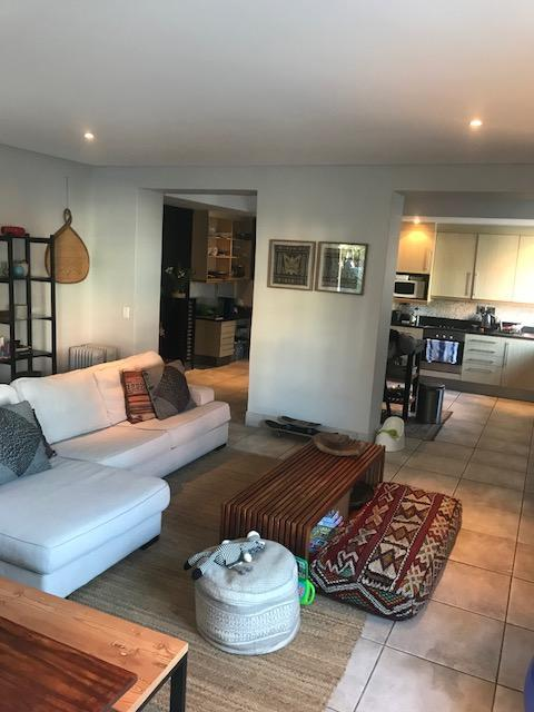 Property For Rent in Cape Town City Centre, Cape Town 4