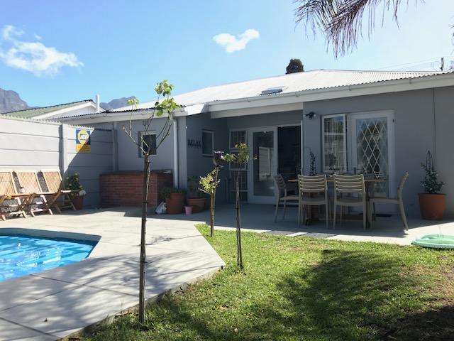 Property For Rent in Harfield Village, Cape Town 1