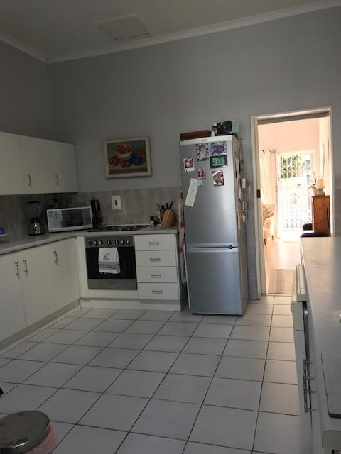 Property For Rent in Harfield Village, Cape Town 9