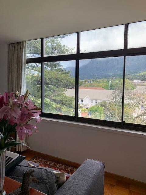Property For Rent in Rondebosch, Cape Town 4