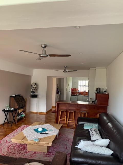 Property For Rent in Rondebosch, Cape Town 2