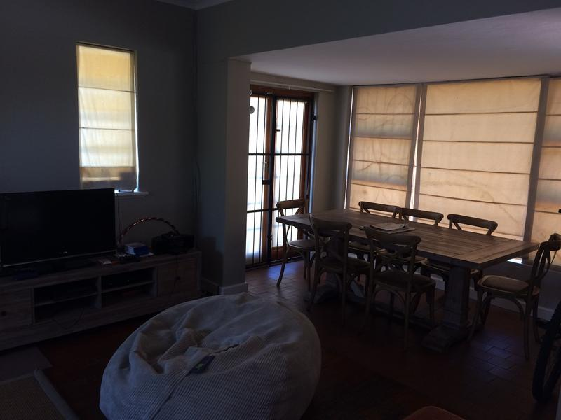 Property For Rent in Claremont, Cape Town 4