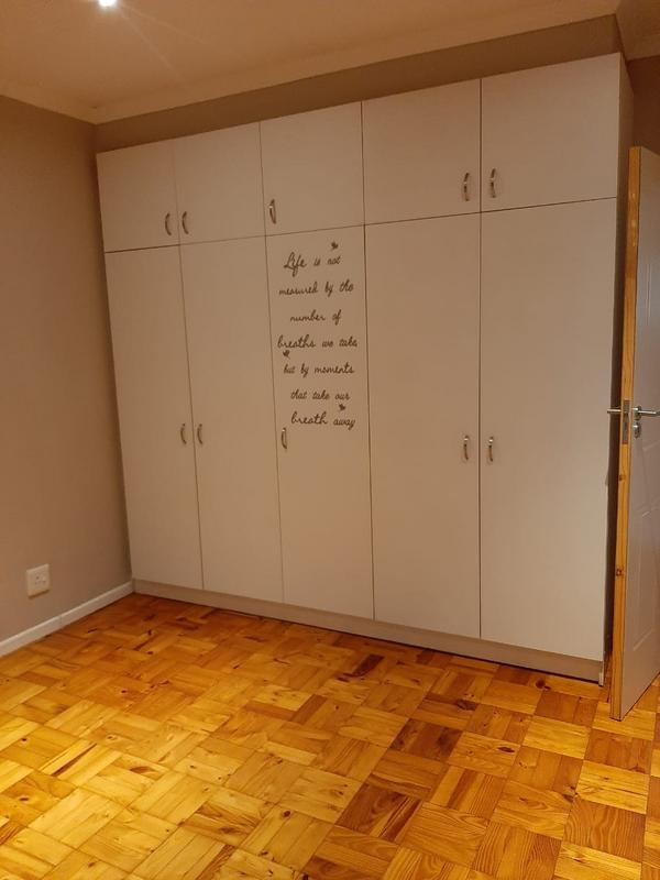Apartment / Flat For Rent in Observatory, Cape Town