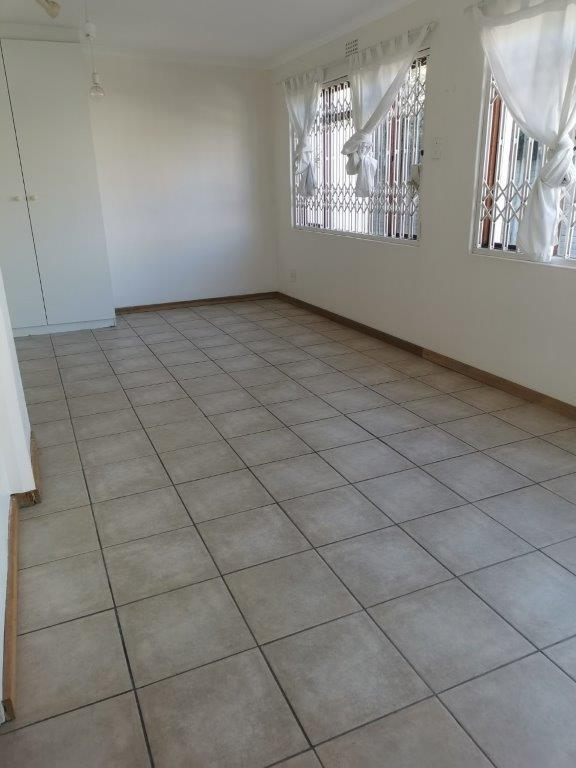 Property For Rent in Claremont, Cape Town 10